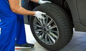 Beneficios de comprobar la presión de los neumáticos